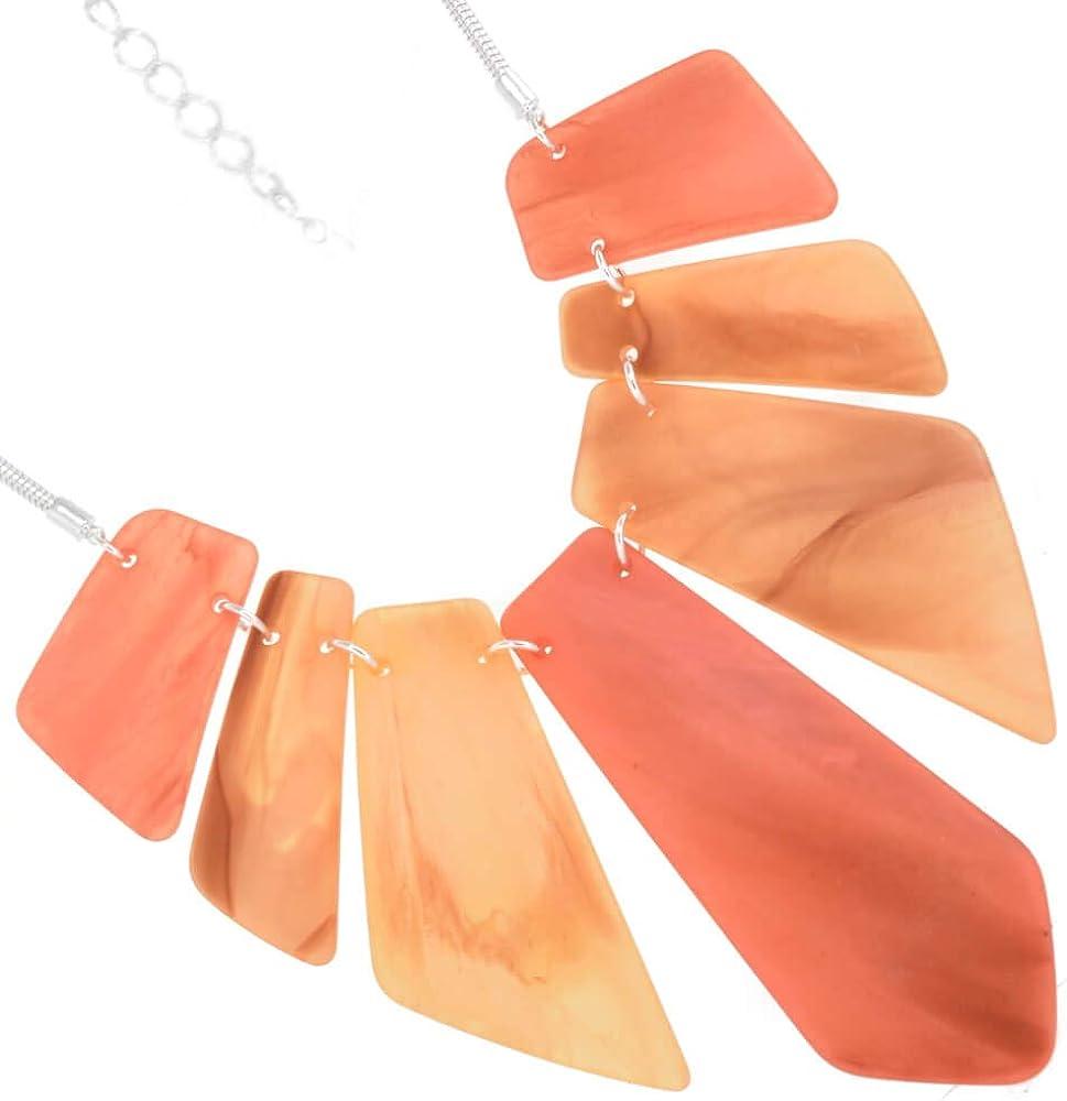 Rue B Statement Fashion Jewellery: Cadena de Plata de 18 Pulgadas con Coral Oscuro y Tono colmillo, Grandes Colgantes de acrílico Grueso (YK166) A