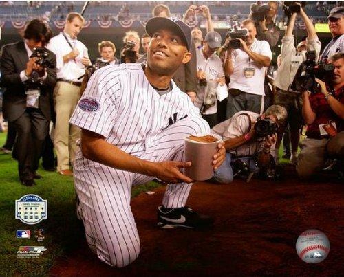 Mariano Rivera New York Yankees Final Game at Yankee Stadium 2008 Photo ()
