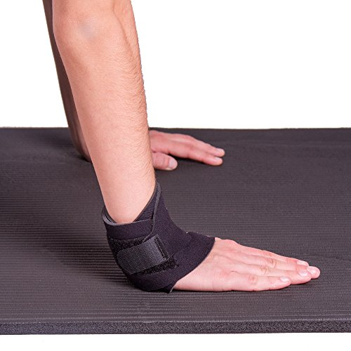 BraceAbility Yoga Wrist Support Brace | Wrist Pain Protection Wrap for Exercise, Working Out, CrossFit, Pilates and Gymnastics (For Right or Left Hand - One Size Fits Most)