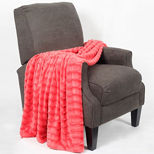 Home Soft Things BOON Saga Double Sided Faux Fur Throw, 50