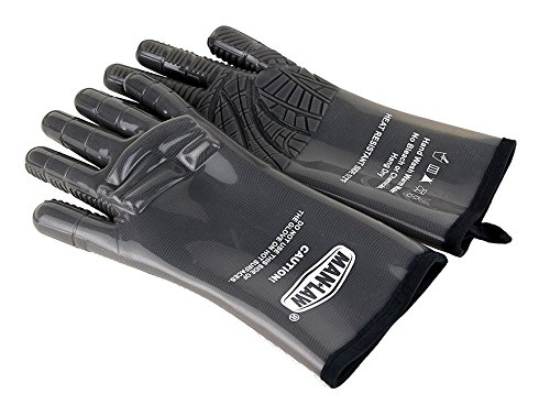 Man Law BBQ Products MAN-LG2S Protective/Wearable/Outdoor Gear Series High Heat Food Grade Silicone Gloves-Pair, Small/Medium, Gray by Man Law BBQ Products
