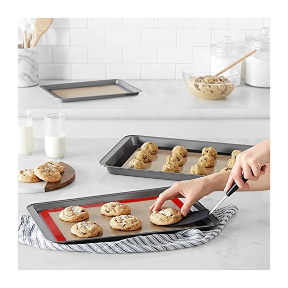 Silicone Baking Mat Set, Half Sheets Cooking Macaron Pastry Mats, Non-Stick Large Liner 11 5/8 ×16 1/2 5 🍕THE PERFECT HELPER FOR BAKING: HANTAJANSS Bake mat set of 4 includes 3 most popular daily-use size baking sheets and a bonus oil brush. Solving all baking problems in this time! 🍕HIGH-TEMPERATURE RESISTANCE: Oven-safe -45 degrees F up to 480 degrees F! High-quality silicone distributes heat evenly along with the entire baking sheet. 🍕NON-STICK: Oil-free. Fits half-sheet size pans. Bake food like a professional chef in your own home. No scorching food stick on the baking tray.