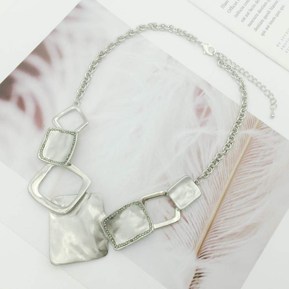 Davitu New Womens Rhinestone Necklace Elegant Quadrilateral Alloy Chain Summer Fashion Chain Metal Lady Jewelry Gold//Silver Colors Metal Color: Gold