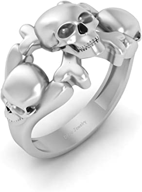 Jolly Roger Pirates Inspired Skull And Crossbones Engagement Ring Womens Solid 18k White Gold Skull Ring Gothic Jewelry Amazon Co Uk Jewellery