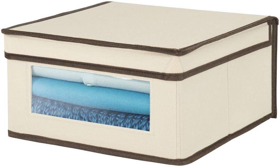 mDesign Caja de tela apilable – Caja con tapa mediana con ventana transparente para guardar prendas o sábanas – Ideal como organizador de armarios o caja para guardar ropa – crema y