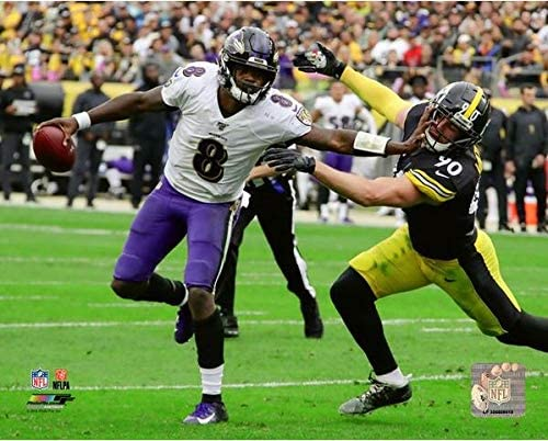 Size: 8 x 10 Lamar Jackson Baltimore Ravens Action Photo
