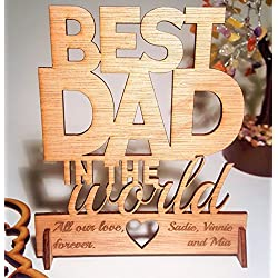 Premium Gifts for Dad Birthday or Fathers day gifts. Greeting card for Father's day or Dad's birthday. Best dad in the world. Dad Gifts Dad birthday card Fathers day gifts. Desk card With Envelope