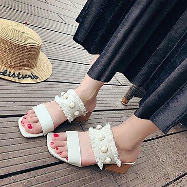 LvYuan Mujer Sandalias Confort PU Verano Casual Confort Combinación Tacón Bajo Beige Amarillo Plano beige