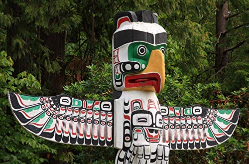 (Vancouver, BC, Canada - Totem Pole at Stanley Park - Photography A-93958 (24x36 Fine Art Giclee Gallery Print, Home Wall Decor Artwork Poster))