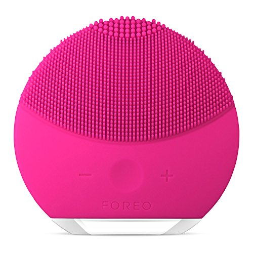 FOREO LUNA mini 2 Facial Cleansing Brush, Gentle Exfoliation and Sonic Cleansing...