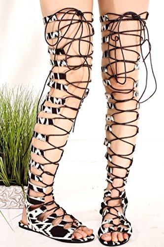 Lolli Couture Forever Link Kunstleer Materiaal Achterkant Rits Multi Uitsparing Ontwerp Open Teen Kniehoge Sandalen Blackwhite-willa