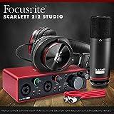 Focusrite Scarlett 2i2 2-in 2-Out Studio Package
