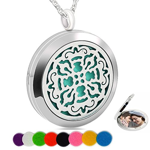 Charms Essential Oil Necklace Aromatherapy Diffuser Refill Pads Cross Round Photo Locket Pendant