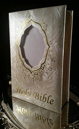 First communion/Baptism/Confirmation/15 yrs Celebration Elegant Golden Holy Bible,Old ()