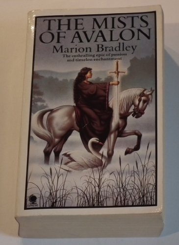 4 Marion Zimmer Bradley Fantasy Avalon Series : Mists of Avalon, Priestess of Avalon, Lady of Avalon, The Forest House (