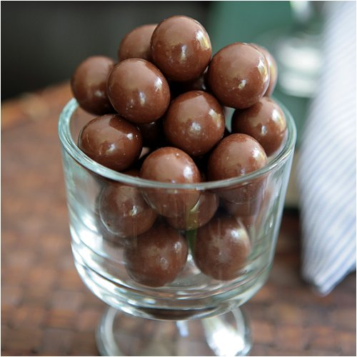 Double Chocolate Malted Milk Balls 8 oz. (Malted Gourmet Balls Milk)