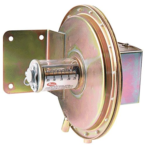 Dwyer Series 1630 Large Diaphragm Differential Pressure Switch with Conduit, Range 0.05-0.25''WC