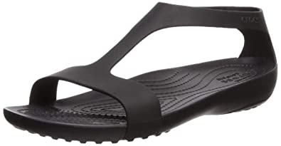 f748fb091 Amazon.com  Crocs Women s Serena Flat Sandal  Shoes