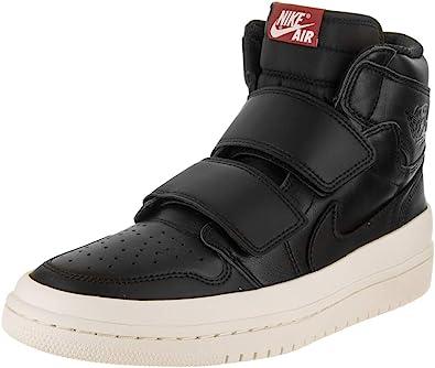 olvidadizo Superposición Acercarse  Amazon.com: Jordan Nike Air 1 Retro Hi Zapato de baloncesto con doble  correa para hombre: Shoes