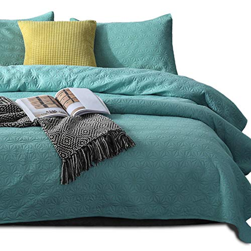 Kasentex Quilted Coverlet Set - Pre-Washed - Luxury Microfiber Soft Warm Bedding - Solid Colors Bedspread - Contemporary Design, Twin + 1 Sham, Aqua Green