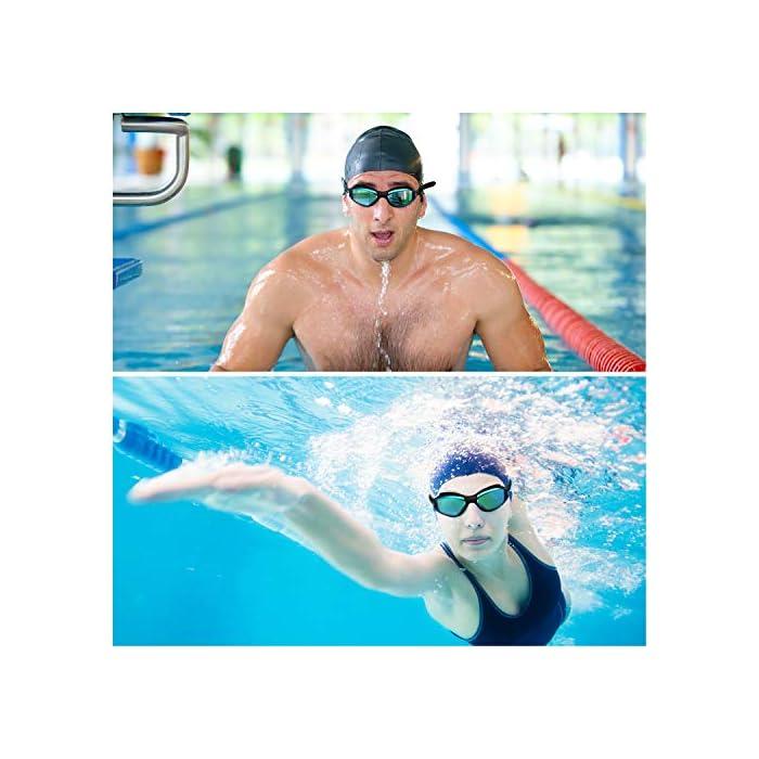 51ak2BtcrQL GAFAS NATACION HERMÉTICAS: Estas gafas de silicona están hechas de silicona suave de doble capa para gran comodidad y evitar que goteen. Con el fuerte sello de goma gruesa, protegerán sus ojos del cloro y otros químicos presentes en las piscinas. Sus ojos también estarán protegidos contra el polvo, suciedad y bacterias, esto evitará la irritación y los ojos rojos. Estas gafas de nadar se pueden usar para bucear, triatlones y nado sincronizado. LENTES CON PROTECCIÓN UV: Estas coloridas gafas para natación tienen coloridas lentes de policarbonato. Son resistentes, no se romperán y tienen protección UV. Con esta protección evitará cualquier daño por los rayos del sol y también reducen la cantidad de luz que entra, esto ayuda a minimizar el resplandor, para mejorar la experiencia cuando nade en exteriores o bajo las brillantes luces de la piscina. CORREA AJUSTABLE DE SILICONA: Las gafas para bucear tienen una correa que se puede ajustar fácilmente para hacerla más grande o pequeña y ajustarse a la mayoría de los tamaños de cabezas. Estas gafas son aptas para hombres y mujeres adultos, así como también adolescentes. El botón de liberación rápida en la parte trasera ayuda a liberarlas y retirarlas fácilmente. Estas gafas de piscina son perfectas para profesionales, así como nadadores recreativos.