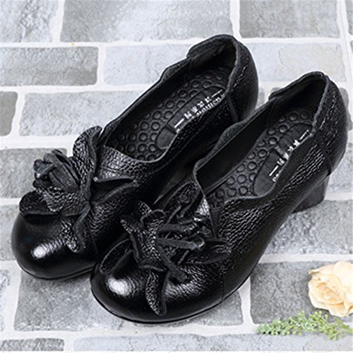Socofy Women's Pumps Shoes, Leather Marry Jane Flats Loafers Shoes Flower Retro Round Head Mid Heel Non-Slip Original Folkways Handmade Outdoor Shoes Casual Shoes Soft Sole Shoes Black