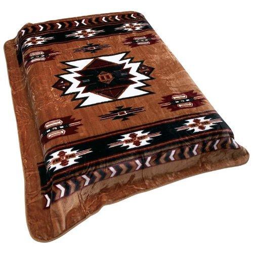 (Wyndham House Southwest Native American Print Soft Blanket )