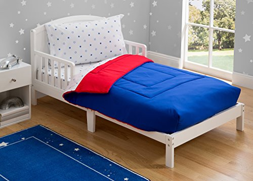 Toddler Bedding Set | Boys 4 Piece Collection | Fitted Sheet, Flat Top Sheet w/Elastic Bottom, Fitted Comforter w/Elastic Bottom, Pillowcase | Delta Children | Boys American | Red White Blue 2