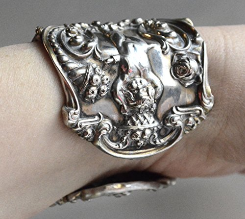 (Victorian Antique Rare Tiffany Angel Cherub Cupid Putti Armlet Cuff Bracelet Art Nouveau 925 Solid Sterling Silver .925 Repoussé Wide Renaissance Neo classical Forged Spoon Jewelry)