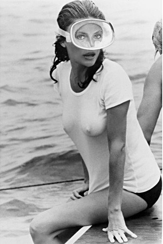The Deep Jacqueline Bisset Poster in famous wet white T-Shirt