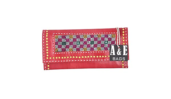 A/&E Womens Easy to Carry Cutwork Clutches