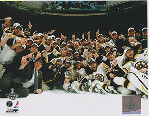 Boston Bruins - 2011 NHL Stanley Cup Champions - 8x10 Photo