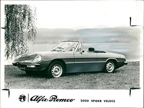 Alfa Romeo 2000 Spider Veloce - Vintage photo of Alfa Romeo Automobiles (2000 spider veloce)