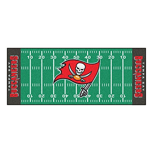 FANMATS NFL Tampa Bay Buccaneers Nylon Face Football Field (Tampa Bay Buccaneers Team Carpet)