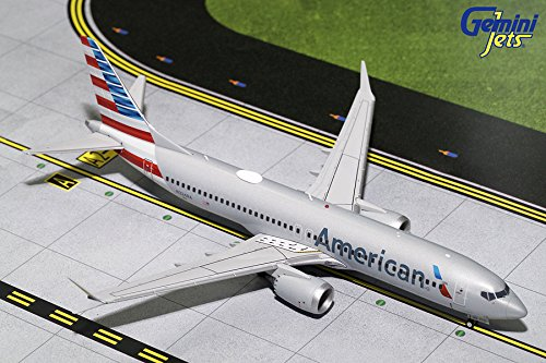GeminiJets 1:200 Scale American Airlines Boeing 737 MAX 8 Airplane Model