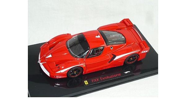 Ferrari FXX enzo rojo con rayas blanco 1//43 mattel elite maqueta de coche modelo coche