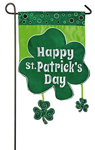 Day Flags Patricks St (Evergreen Shamrock St. Patrick's Day Applique Garden Flag, 12.5 x 18)