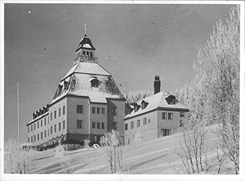 (Vintage photo of H246;sbj246;r Kurstedts hotel, Swedish Norway Aid - 4 May 1944)