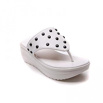 Sandalias de mujer Zapatillas Advanced PU Summer Nuevo Sandalias blancas de color morado Sandalias con suela gruesa Clip Toe Zapatillas de gran tamaño ...