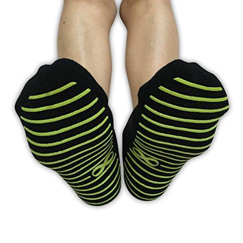 2892f1e53f6 Non Slip Skid Socks