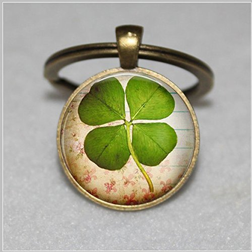 Four leaf Clover jewelry , Lucky clover leaf keychain , good luck jewelry, shamrock keychain , clover keychain, saint patricks day jewelry