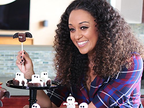 Tia Mowry's Spooky Halloween Marshmallow Treats