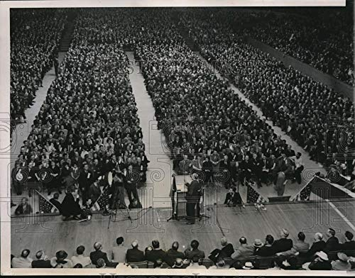 Historic Images - 1937 Vintage Press Photo Rally to Support Striking Steel Workers in Chicago Stadium