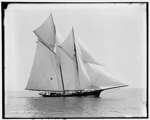 HistoricalFindings Photo: Iroquois,schooner,yacht,Commodore Gerry Cu - Schooner Yacht