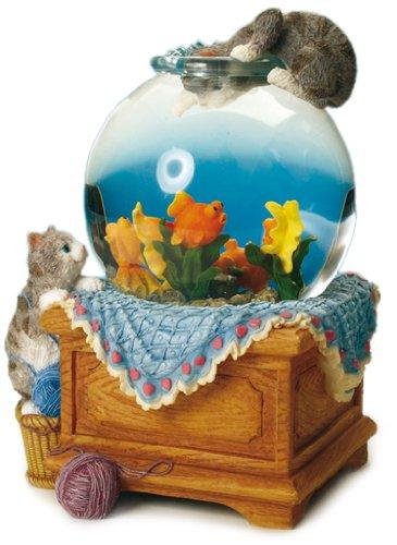 Musicbox Kingdom 25077 170mm Aquarium Glitter Globe Turns to The Melody O Susanna Room Decor - Fish Music Box
