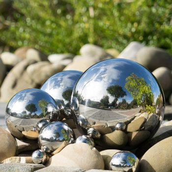 Dekokugel Silber /Ø 10 cm CIM Dekokugel aus Edelstahl Schwimmkugel Leichte Hohlkugel polierte Oberfl/äche mit dauerhaft spiegelndem Glanz Gartenkugel