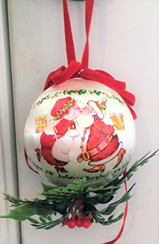"Kissing Ball Christmas Ornament Vintage 1963 Satin - Mistletoe - 3.5"" New In Original Container"