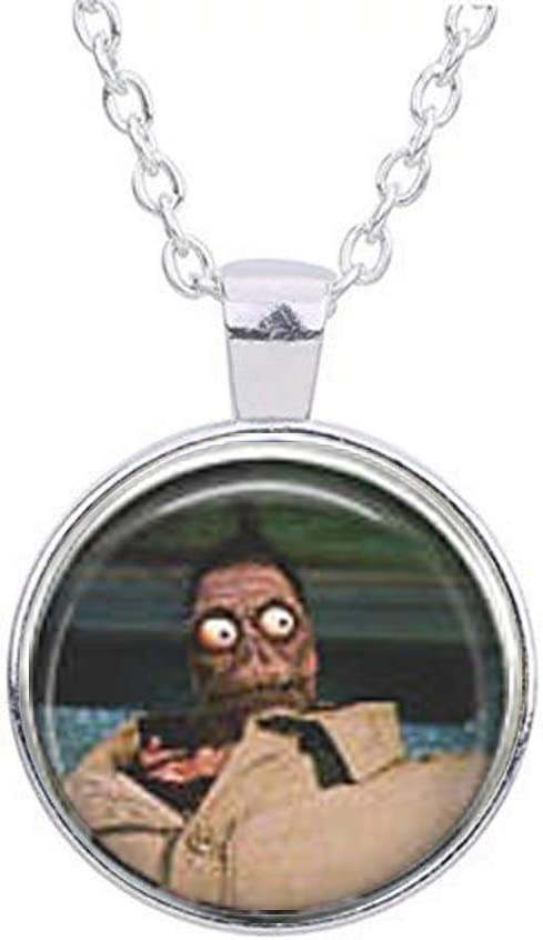 Amazon Com Beetlejuice Shrunken Head Guy Necklace Furniture Decor