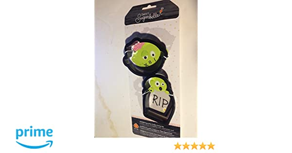 Amazon.com: Sweet Sugarbelle 320116 Zombie Cookie Cutters, Small, Multi: Kitchen & Dining