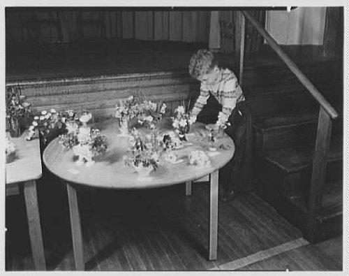 Photo: Winnipauk School,Norwalk,Connecticut. Bobbie Hamm arrangement,first prize